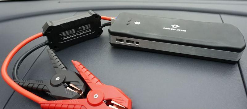 портативное пуско-зарядное устройство для смартфонной АКБ