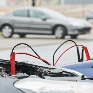 Как правильно прикуривать аккумулятор одного автомобиля от другого: две пошаговые инструкции